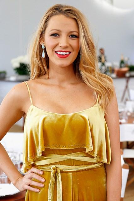 A várandós Blake Lively mesés Cannes-i stílusa