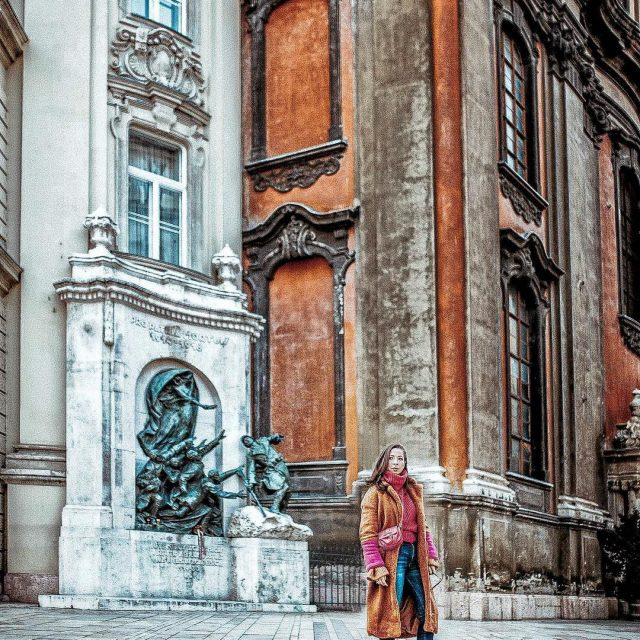 So many beautiful details in this city Love you Budapesthellip